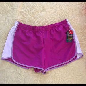Danskin Now NWT workout shorts sz XL